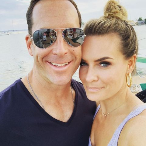 A selfie of Jackie Ibanez and her partner.