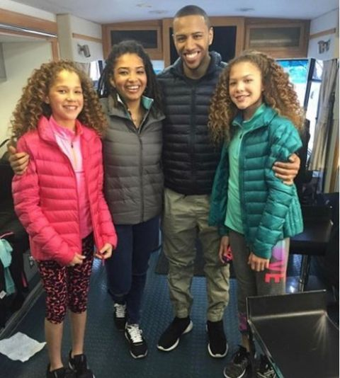 Michael Strahan with his kids.